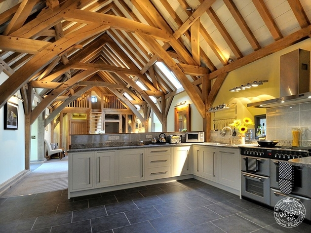 barn-style-home-green-oak-conversion-kitchen.jpg