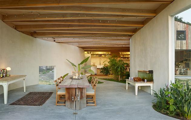 barn-style-house-mier-road-amoeba-interior.jpg