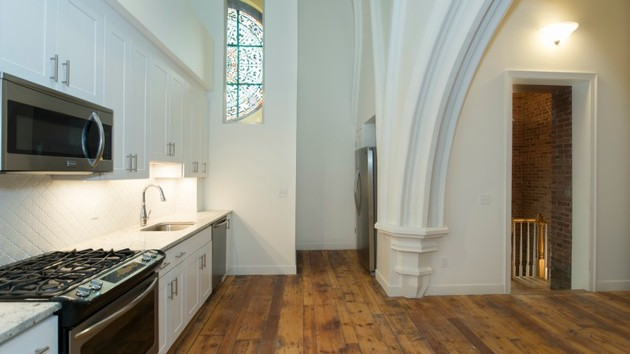 church-conversion-1860-duplex-loft-ny2.jpg