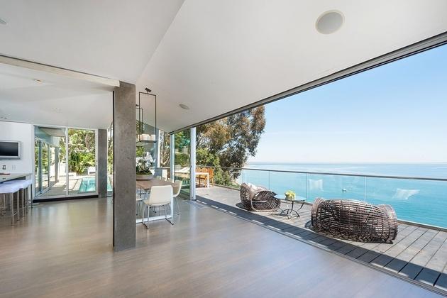 malibu-beach-house-deck.jpg