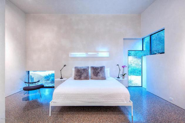 modern-desert-home-steven-holl-bed.jpg