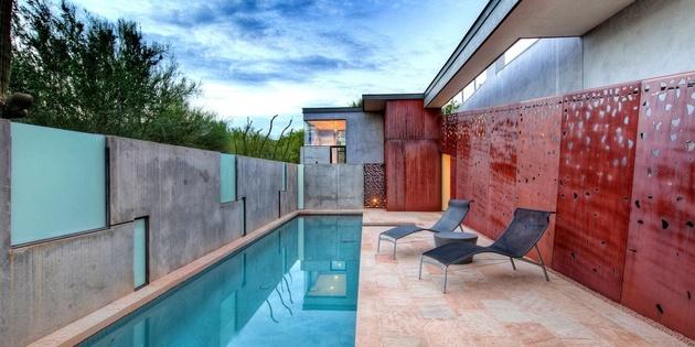 modern-desert-home-steven-holl-lap-pool.jpg