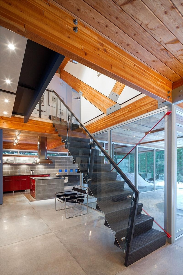10-home-engineered-glulam-structure-main-design-feature.jpg