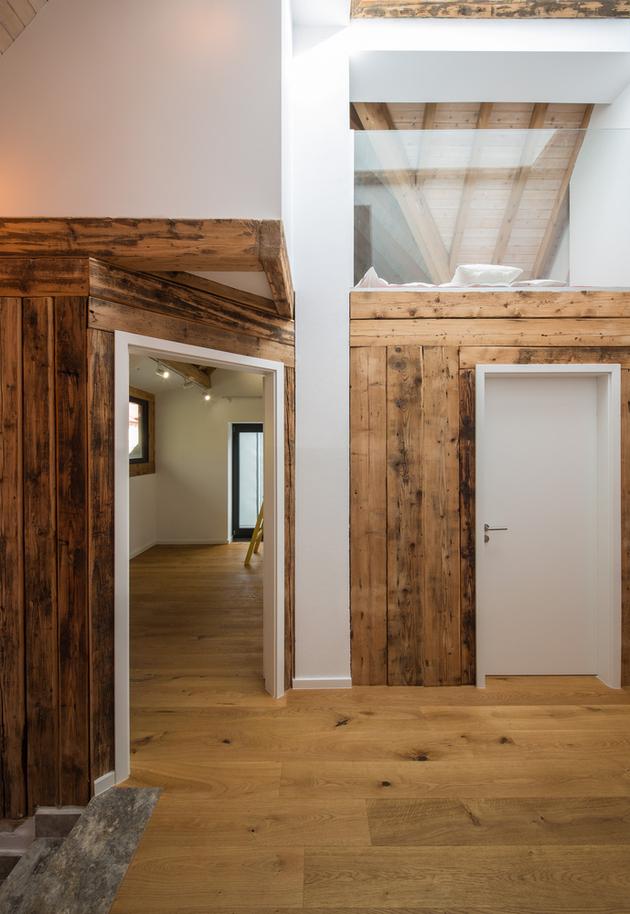 20-asymmetrical-concrete-addition-modernises-existing-home.jpg
