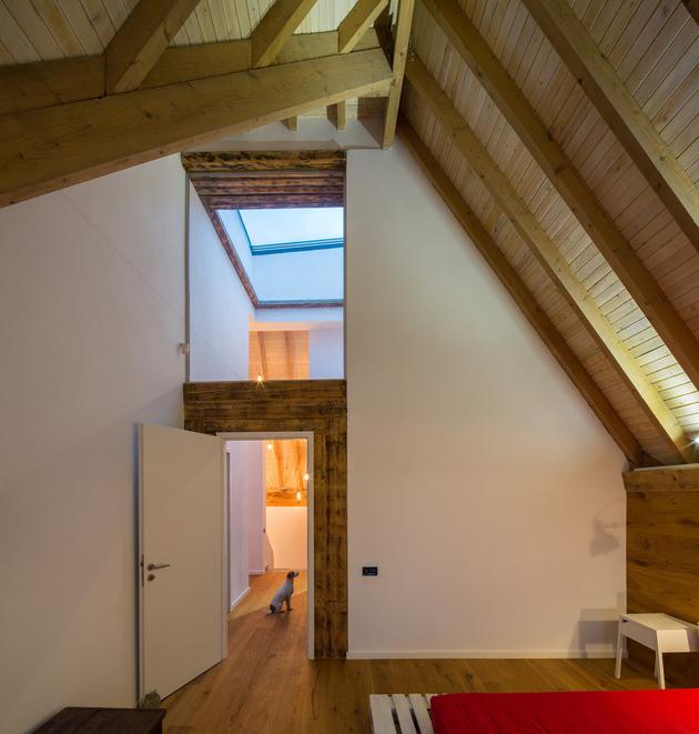 21-asymmetrical-concrete-addition-modernises-existing-home.jpg