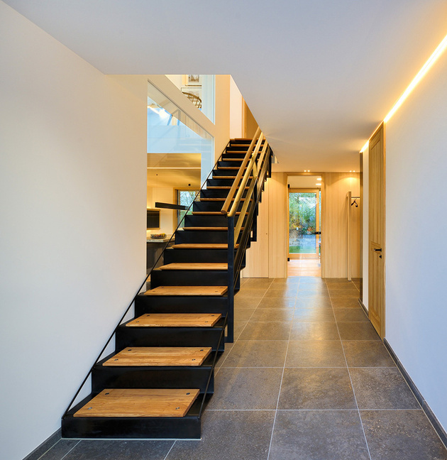 4-smart-house-baufritz-first-certified-self-sufficient-home-germany.jpg