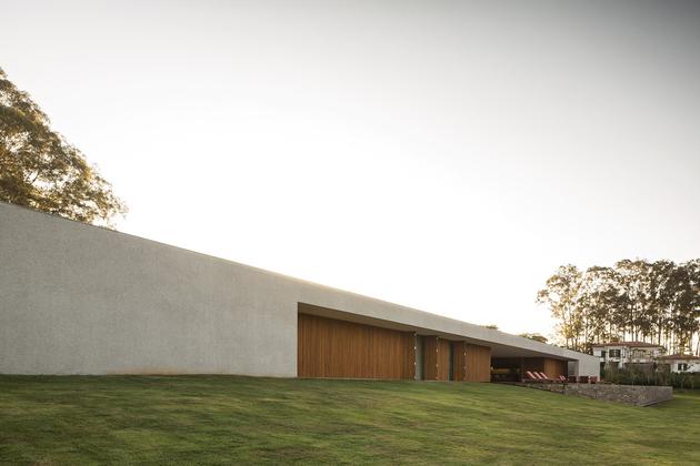 19-house-open-both-sides-cross-ventilation.jpg