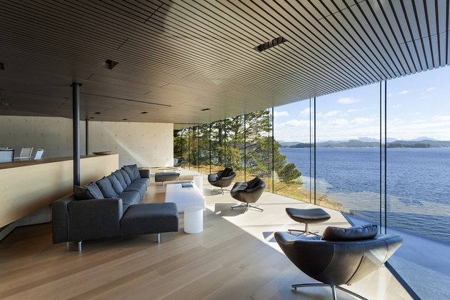 19-luxury-green-roofed-island-home-large-boulder.jpg