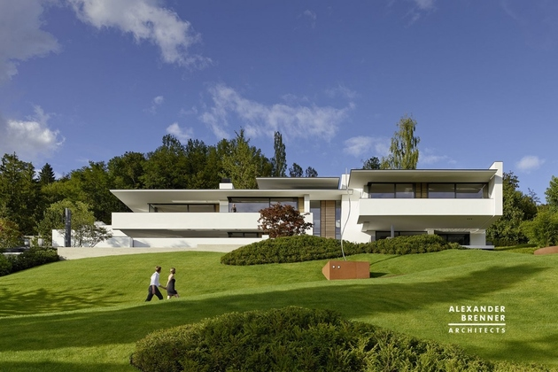 3-contemporary-house-park-setting-views.jpg