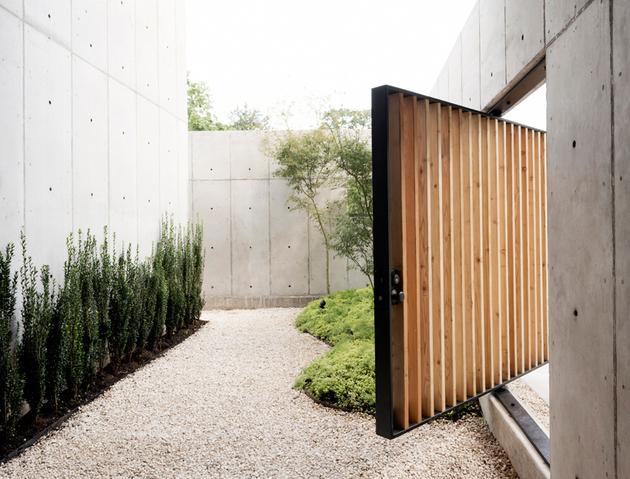 4-house-concrete-wood-cubes-japanese-design.jpg