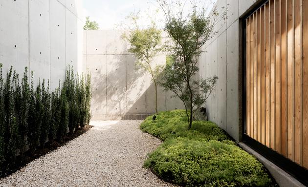 5-house-concrete-wood-cubes-japanese-design.jpg