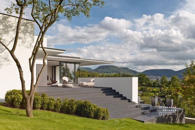 6-contemporary-house-park-setting-views.jpg