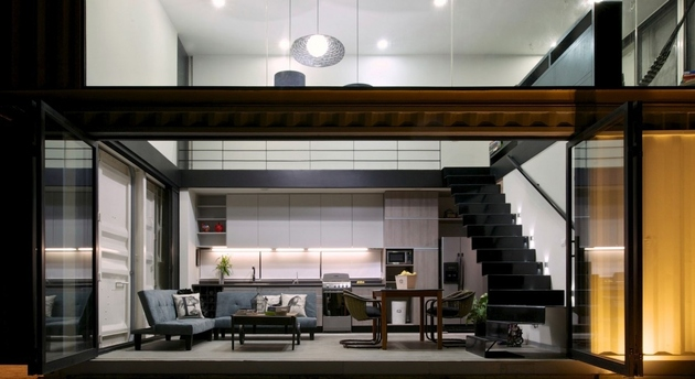 7-house-4-shipping-containers-1-guests.jpg