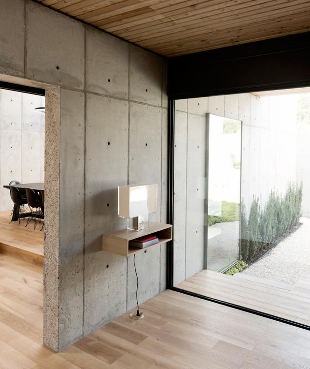 7-house-concrete-wood-cubes-japanese-design.jpg