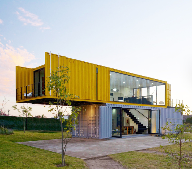 shipping-container-prefab-house-mexico.jpg