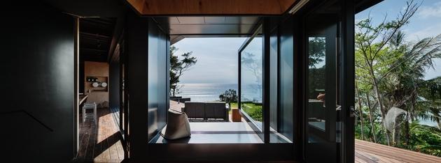 21-oceanfront-home-terraced-rocks-site.jpg