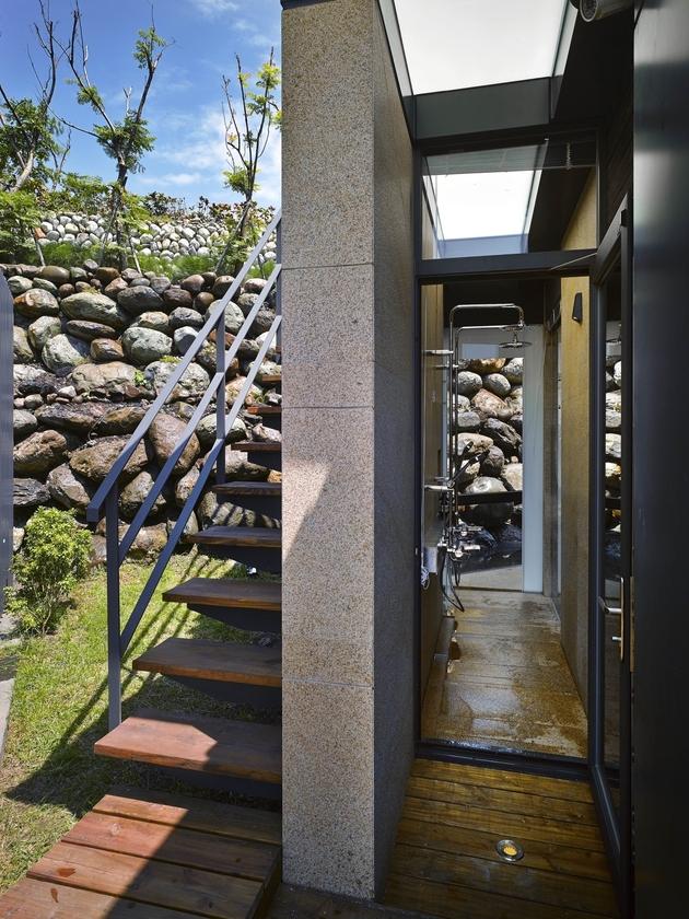 4-oceanfront-home-terraced-rocks-site.jpg