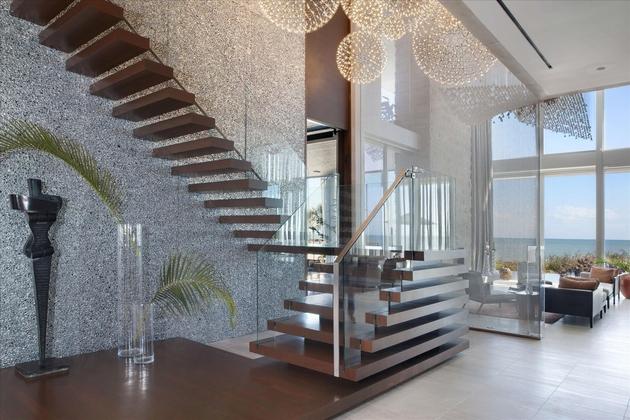 modern-luxury-home-on-ocean-drive-18.jpg