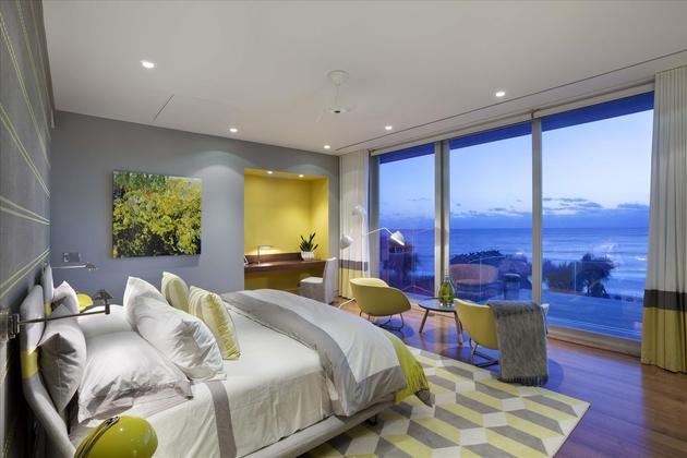 modern-luxury-home-on-ocean-drive-26.jpg