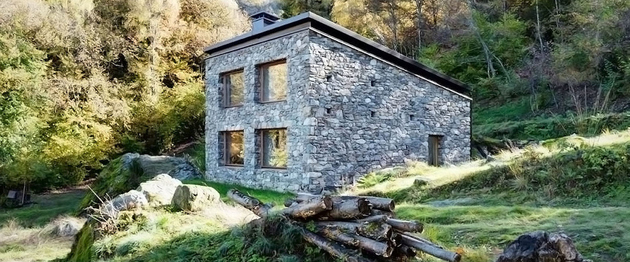 stone cabin in northern italy 1 thumb 630xauto 63729 Modern Stone Cabin in Northern Italy is a Romantic Gem