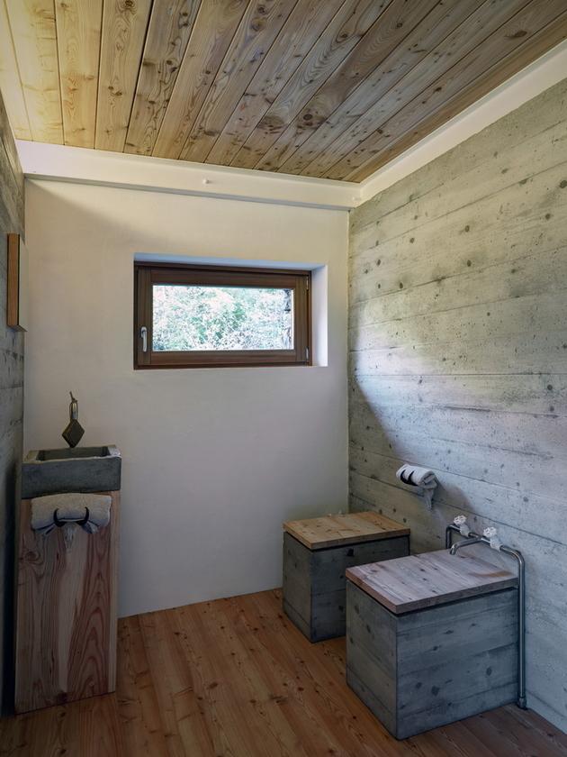 stone-cabin-in-northern-italy-alfredo-vanotti-11-a.jpg