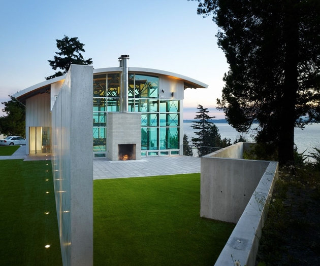 west seattle residence lawrence architects 1 thumb 630xauto 64301 Lawrence Architects Combines Steel, Glass and Concrete to Make Modern Home Magic