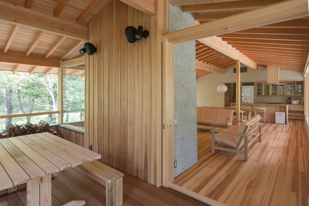 11-concrete-plinths-elevate-woodland-house-bridge.jpg