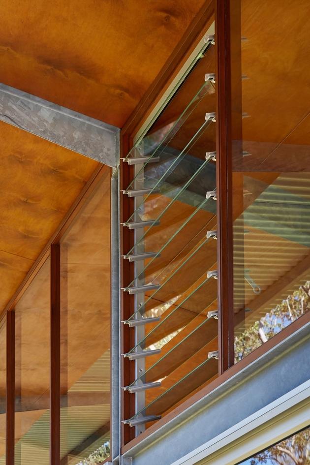 18-prefab-galvanized-steel-framed-house-skateboard-ramp.jpg
