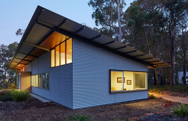 7-prefab-galvanized-steel-framed-house-skateboard-ramp.jpg