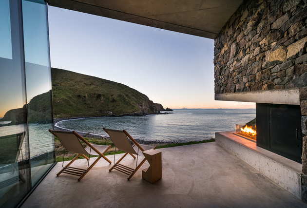 12-sustainable-oceanfront-cabin-remote-volcanic-mountainside.jpg