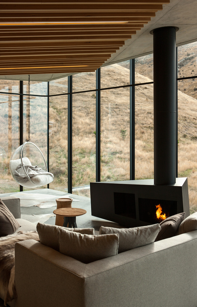 15-sustainable-oceanfront-cabin-remote-volcanic-mountainside.jpg