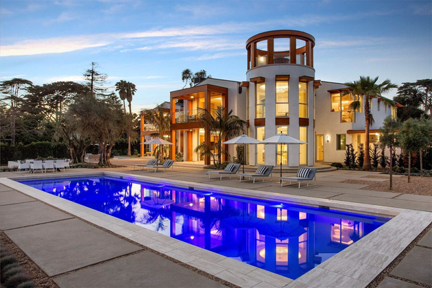 beautiful home in california thumb 630xauto 66887 For $35 Million You Can Have a House with Salt Water Aquariums in the Wall
