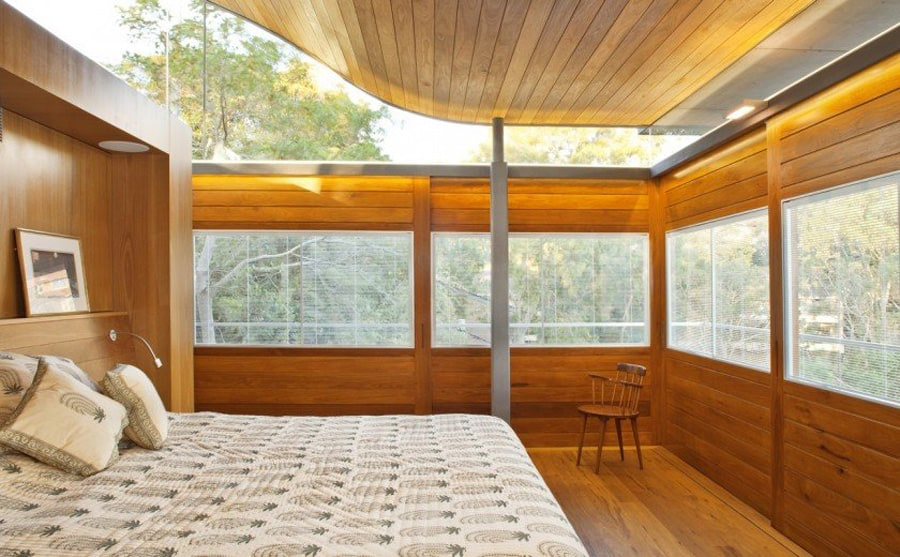 View In Gallery Aussie Escarpment House With Angled Roof And Wavy