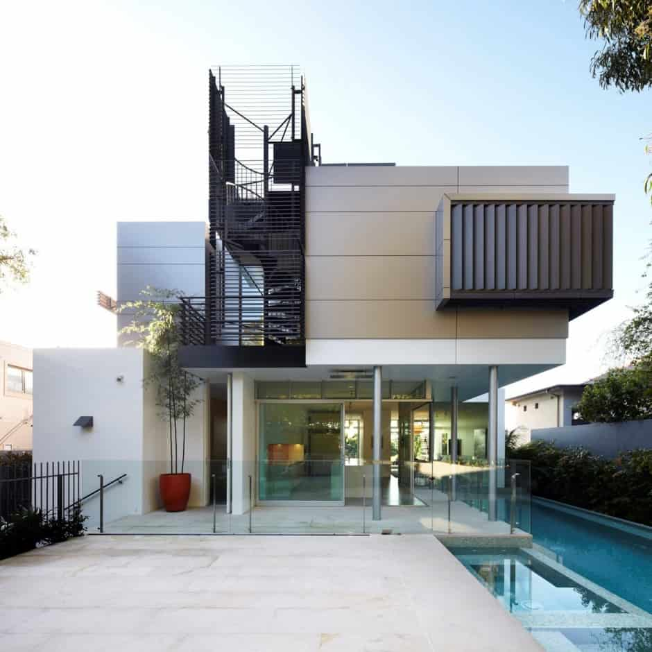 House with outdoor spiral staircase leading to rooftop deck for Modern house picture gallery