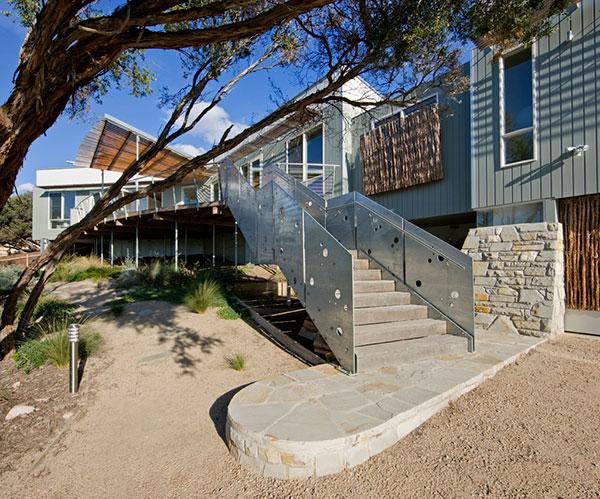 australian-beachfront-house-marcus-oreilly-13.jpg