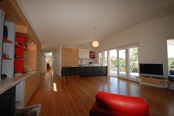 australian-beachfront-house-marcus-oreilly-8.jpg