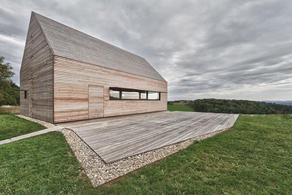austrian-summer-home-clad-in-wood-3.jpg