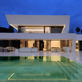 Awesome Modern House – Vacation House on Mediterranean Coast