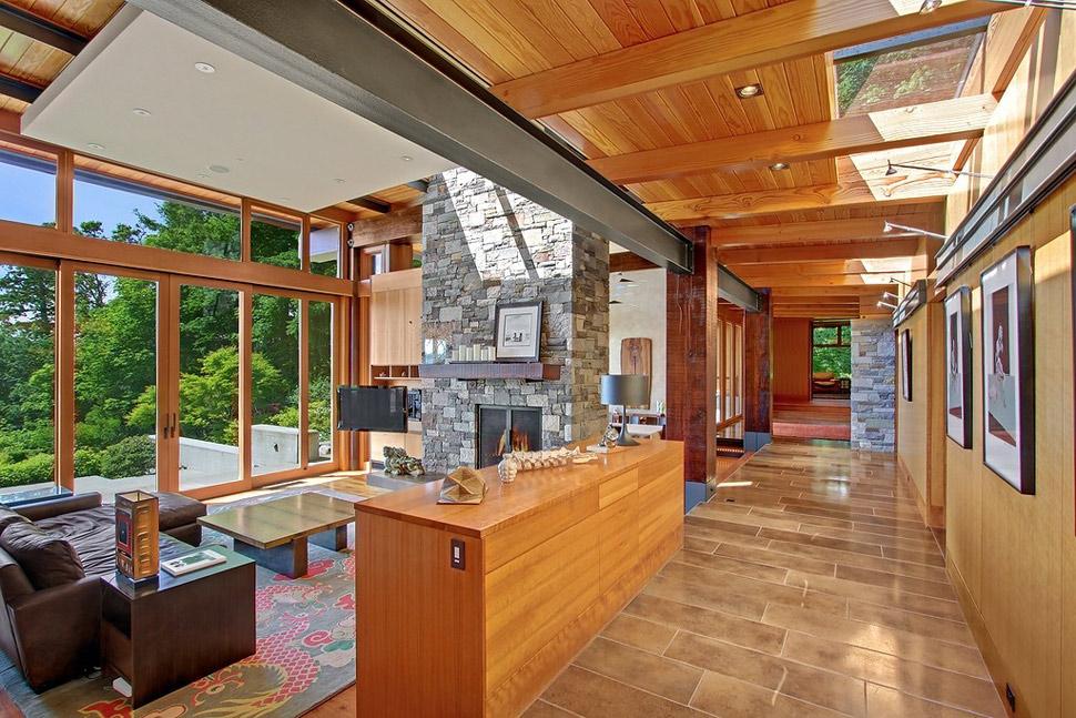 Beautiful house of wood, stone and steel on Bainbridge Island
