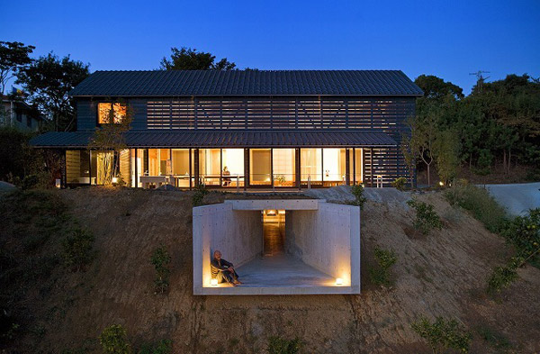 Barn style home design by japanese architecture firm for Barn type homes