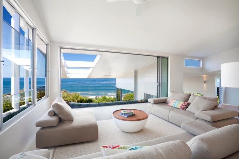 View In Gallery Beach House With Bold Exterior Minimalist Interiors 15.