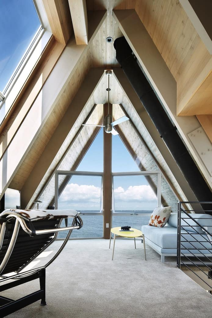 View in gallery beachfront-a-frame-with-wide-open-interior-27-