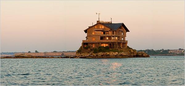 beautiful-bay-house-design-9.jpg