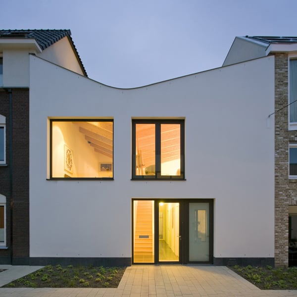 bended roof house 1 Bended Roof House in Netherlands