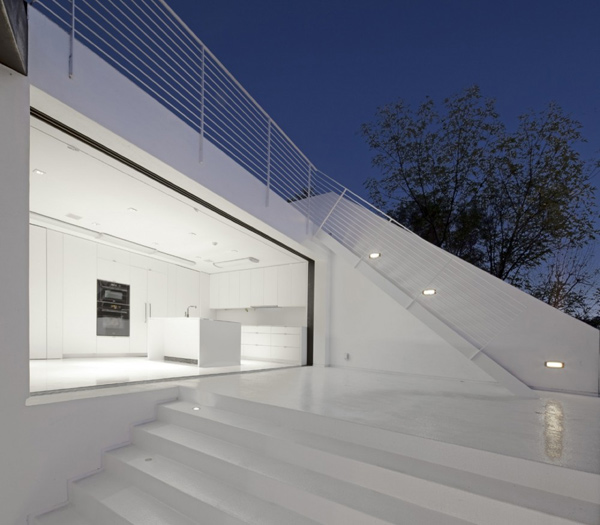 black-and-white-house-7.jpg