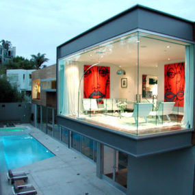 Modern Entertainment Hub at Luxury Home in Los Angeles
