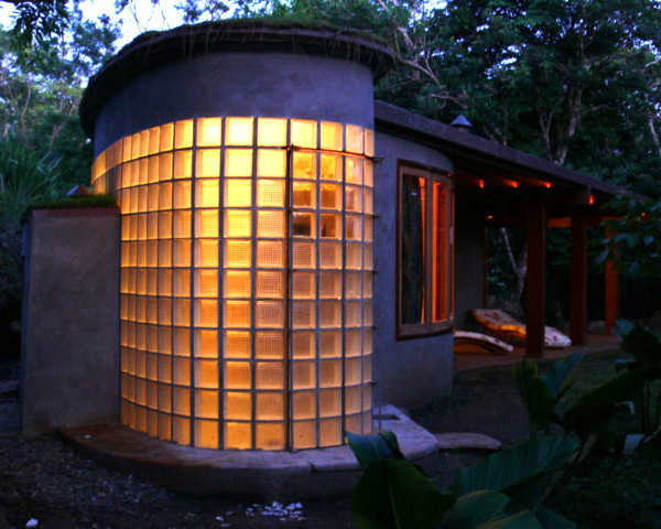 boomerang house 1 Sustainable Boomerang House Design comes to Costa Rica