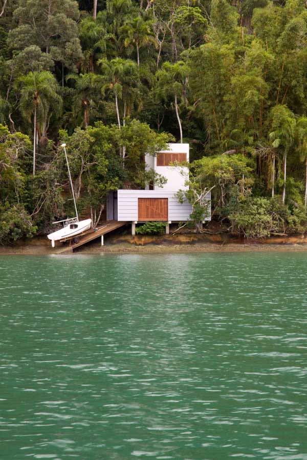 Brazil Beach Home – Cool, Casual Coastal Comforts