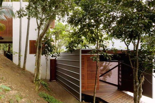 brazil-beach-house-casual-coastal-2.jpg