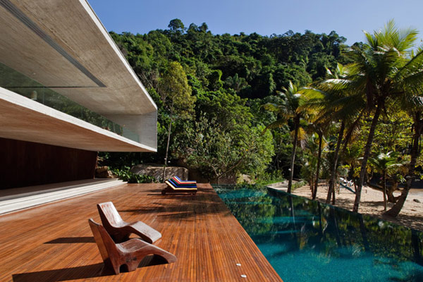 brazil house beachfront views 1 Beach front Designs: Brazilian Beach House is spectacular